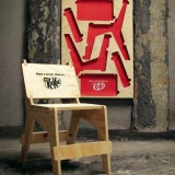 kitkat-posters-chairs